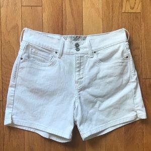 Levi's White Denim Jean Shorts size 8